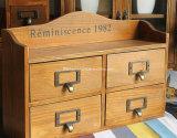 Vintage europeu antigo que empacota o gabinete de madeira