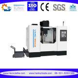 Fresatrice poco costosa verticale di CNC del centro di lavorazione di CNC della Cina (VMC1370)