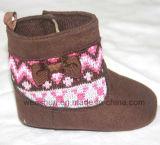 Ботинки младенца шерстей красотки