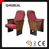 Presidenza della sala di Orizeal VIP (OZ-AD-171)