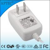 o adaptador da C.C. de 6W 12V 0.5A com UL Certificate nos plugue