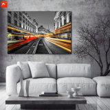 フレームが付いている大きい都市眺めの油絵