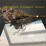 半透明なミラーが付いている5mm Temperableミラーガラス/Coatedの反射ガラス