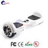 Koowheelのスクーター電気スクーターのバランスをとっている6.5インチのAirboardの自己