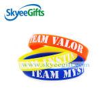 Braceletes impressos coloridos relativos à promoção do silicone do festival barato do preço