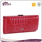 Повелительница розового портмона муфты бумажника женщин бумажника крокодиловой кожи бумажника неподдельной кожи цвета длиннего подходящая