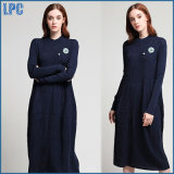 Las señoras bordadas algodón azul de Ming se visten de largo por la fábrica de Guangzhou