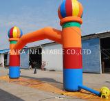 공기에 의하여 불어지는 다채로운 팽창식 아치 문