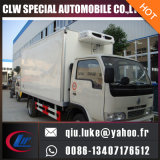 두바이에 있는 판매를 위한 Dongfeng 4X2 95HP 5-10 Tons Refrigerated 밴 Freezer Truck
