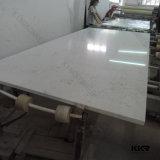 Il marmo bianco gradice la grande lastra Caesarstone della pietra artificiale del quarzo
