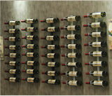 Spine fissate al muro del vino di vendite calde con la scheda di legno