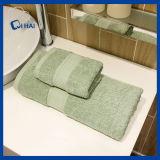 De stevige Badhanddoek van het Hotel van de Kleur Donkergroene (QHSD6609)