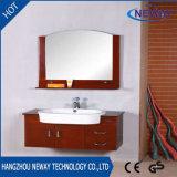 Neuer an der Wand befestigter hölzerner Badezimmer-Schrank mit keramischem Bassin