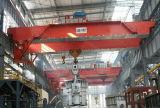 Pont roulant de poche de poutre en acier de double avec les machines de levage d'élévateur électrique