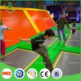 Xiaofeixia는 실내 뛰어오르는 Trampoline를 주문 설계한다