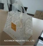 LDPE/HDPE材料および柔らかいループハンドル袋を扱うニスをかける表面