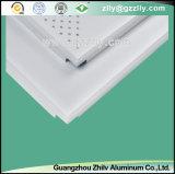 Imitação perfurada de venda quente do teto do revestimento do rolo