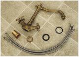 Antike Griff-Retro Bassin-Hahn der Bronzen-zwei