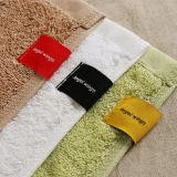 強い吸水のホームまたはホテルの柔らかく及び柔らかい綿の浴室または表面タオル