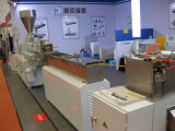 Granulador plástico pequeno do laboratório do parafuso elétrico do gêmeo do fio para granular