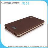 Côté mobile extérieur de pouvoir de chargeur du Portable 8000mAh avec l'écran LCD
