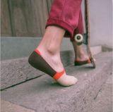 Streifen-Mann-Form-Art-in den flippigen Tief-Schnitt-Socken