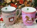 習慣12oz陶磁器愛中心の装飾的なコーヒー・マグ