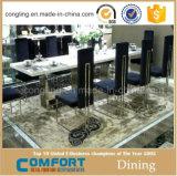 Tabela de mármore superior típica simples da sala de jantar