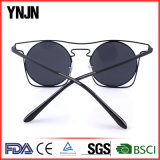 Ynjn 4つのカラー男女兼用の新型のサングラス