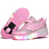 Los adultos sirven y los zapatos del rodillo de la mujer, zapatos ligeros del LED para el hombre y mujer, atan para arriba los zapatos ocasionales del deporte