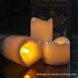 Diodo emissor de luz plástico Tealight/vela da bateria com flama amarela