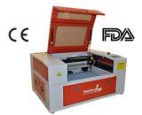 Máquina 50W do laser do CO2 Mini-6040 para a estaca que grava vários metalóides