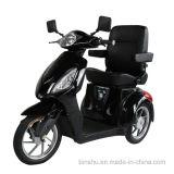 贅沢な椅子が付いている年長者のための3つの車輪力のスクーター