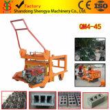 Máquina oca concreta Semi automática elevada do bloco da colocação de ovo da capacidade Qm4-45 duramente com motor Diesel