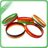A venda por atacado projeta Wristbands livres coloridos do silicone