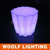 Pequeño plástico taburete llevado luz hasta tocón de árbol para sillas de asiento de la forma