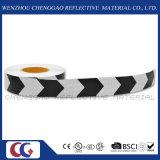 Cinta reflexiva del PVC de la flecha blanco y negro de la seguridad en carretera (C3500-AW)