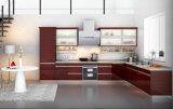 Projeto de madeira vermelho da cozinha do folheado