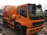 De Japan-uitgevoerde 100%-nieuw-stevig-banden 6*4-LHD-Steering 10cylinders-10PE1-motor Vrachtwagen van de Mixer Isuzu van de maximum-20ton-concreet-Tank nieuw-geel-Verf Gebruikte