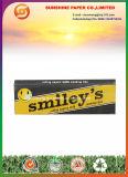 Papier souriant grand avec des extrémités de filtre