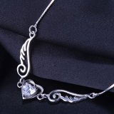 Ali di angelo dell'argento sterlina delle donne con la collana Pendant di cristallo Heart-Shaped
