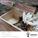 De Houten Doos van Hongdao met de Afgedrukte Voering van het Embleem en van het Fluweel