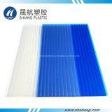 El panel helado del material para techos del policarbonato con la capa ULTRAVIOLETA