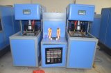 Машина дуновения опарника высокого качества Semi автоматическая пластичная отливая в форму