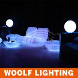 Mehr Stab der 300 Entwurfs-LED sitzt dem LED-Freizeit-Plastik vor, der Stuhl-Möbel speist
