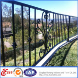 Vier Schienen-Puder-überzogene bearbeitetes Eisen-Zäune