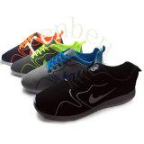 Chaussures occasionnelles d'espadrille de la mode des hommes neufs chauds