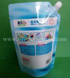 Sacchetto in piedi del sacchetto di colori con il becco per spremuta, vino, latte