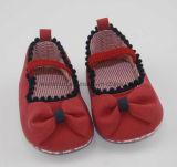 с вдавленными местами на ботинках младенца Ws1122 Collarband