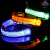 Heiß-Verkauf hochwertiger justierbarer Hundehalsring des Normallack-15mm mit LED-Licht